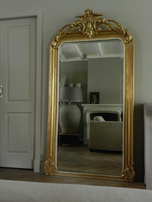 Spiegels: rustieke & brocante Woonkamer door the robin