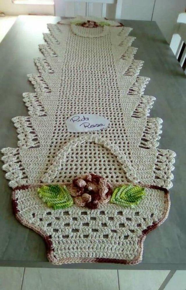 Caminhos de mesa de croche em barbante com graficos