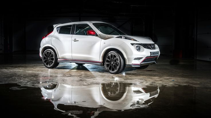 Were there a lot of people walking into a Nissan showroom saying they liked the Juke NISMO but wanted it to have more power? I don't know, but Nissan thinks it couldn't hurt to make a faster Juke, which is why they're showing the NISMO Juke RS next month at the Los Angeles Auto Show. Sweet.