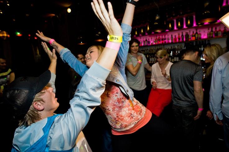 Veronika vo víre tanca na žúrke SuperStar