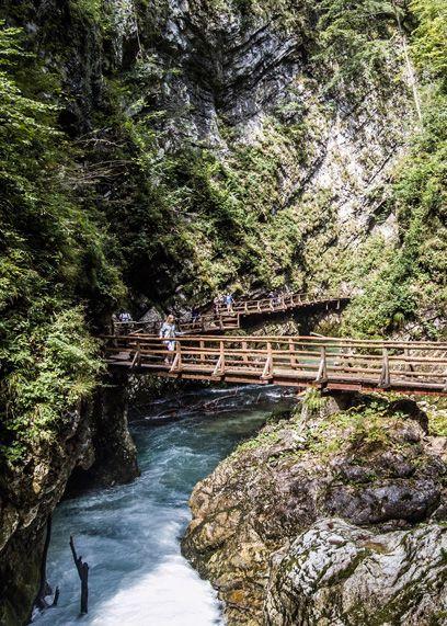 Bled is meer dan het sprookjesachtige eiland in het meer, kasteel op een klif en natuurlijke waterbronnen. #SloveenseVerhalen