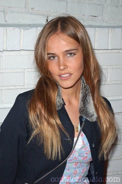 Isabel Lucas , those cheekbones!
