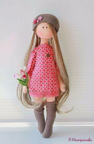 Como hacer muñecas de tela con moldes01                                                                                                                                                                                 Más