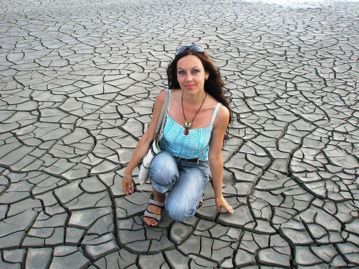 Керченские грязевые вулканчики, возле с. Бондаренково, Керчь