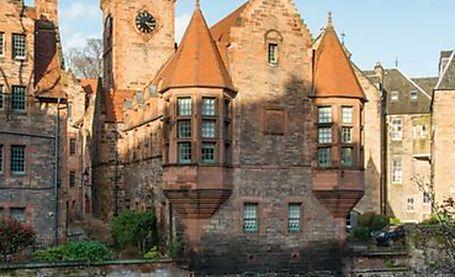 Iconic and rare apartment in Edinburgh