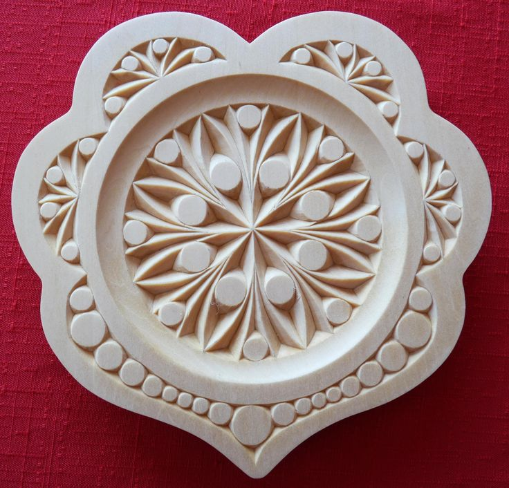My chip carving quot heart plate watch this complete