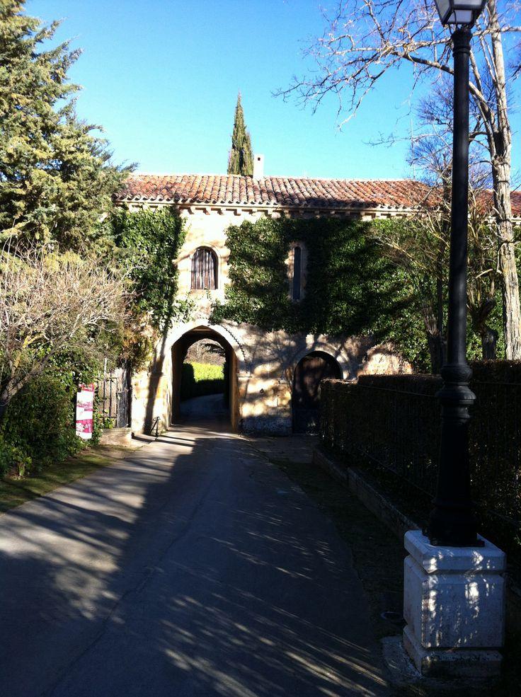 Entrada al camino a San Saturio por el Monasterio de San Polo de Soria
