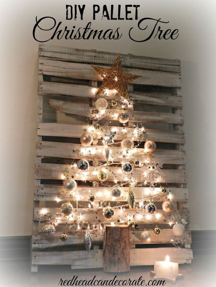 DIY Pallet Christmas Tree - 20 Jaw-Dropping DIY Christmas Party Decorations | GleamItUp