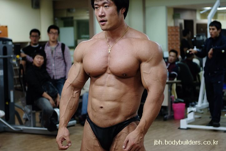 Jang Byung Ho (장병호, Korean Bodybuilder) on 2009.10