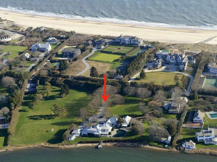 David Geffen reportedly bought this Hamptons home for $67.5 million.