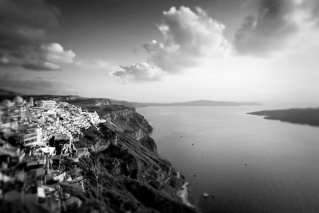 VISIT GREECE| Cliffside of Santorini, Greece at sunset, overlooking the Aegean sea © John Bragg Photography
