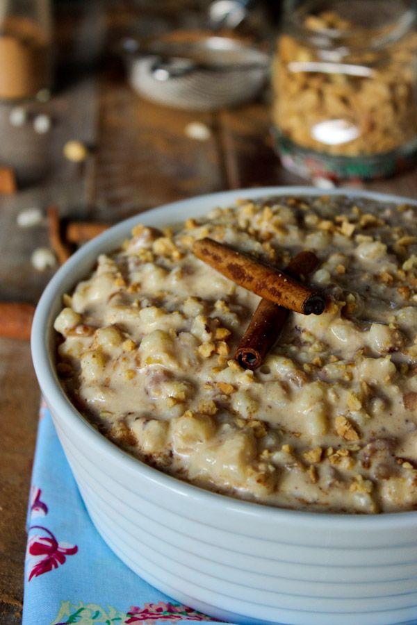Essa receita de canjica cremosa é super fácil de fazer além de ser maravilhosa. Uma sobremesa super especial para comer em festas juninas.