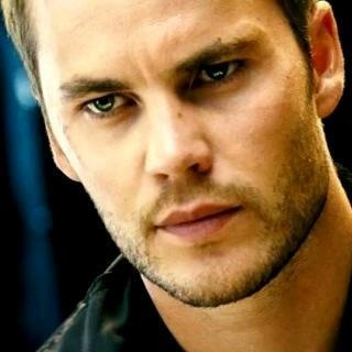 taylor kitsch | Tumblr