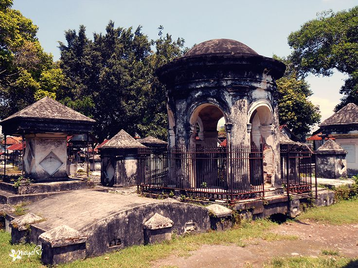 "Since it became defunct in 1955, the condition of the old Peneleh cemetery in Surabaya has deteriorated despite its impressive history, which dates back to its establishment in 1814. It used to be a ""sacred"" place"