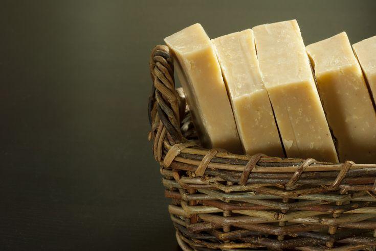il sapone di Marsiglia. Naturale, profumato, ecologico e ipo allergenico, scopriamo insieme tutti gli usi di un sapone antico