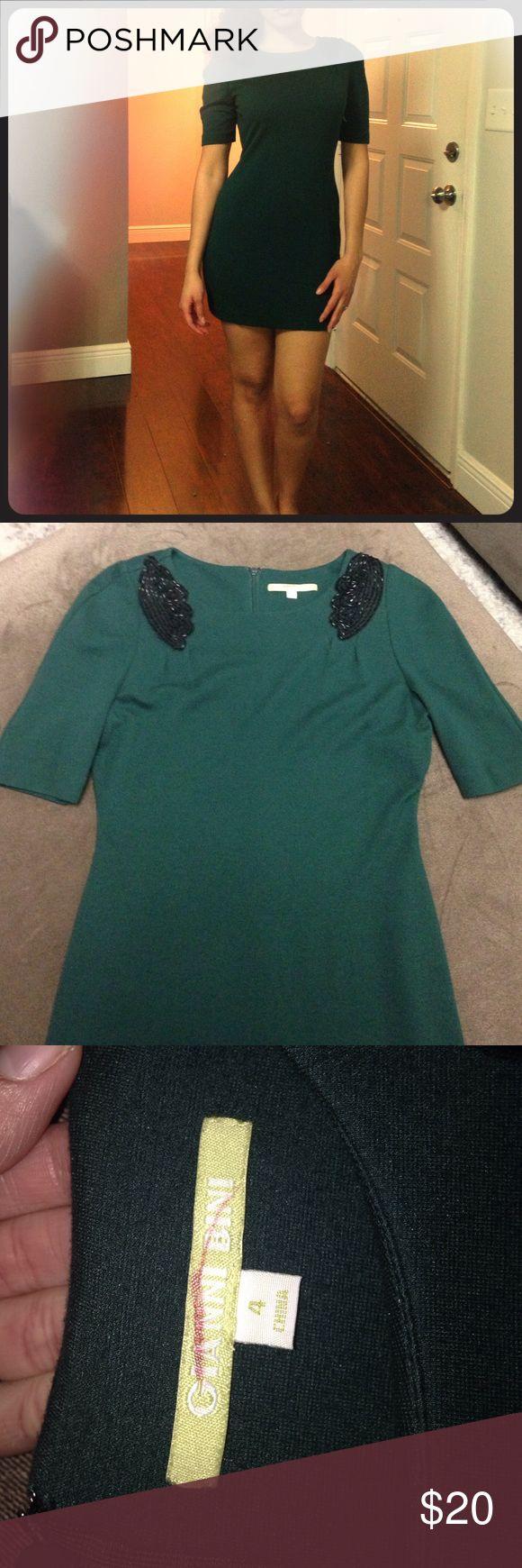 Gianni Bini green dress Gianni Bini gorgeous cocktail dress. Dark green with black beading on shoulders. Size 4 Gianni Bini Dresses Mini