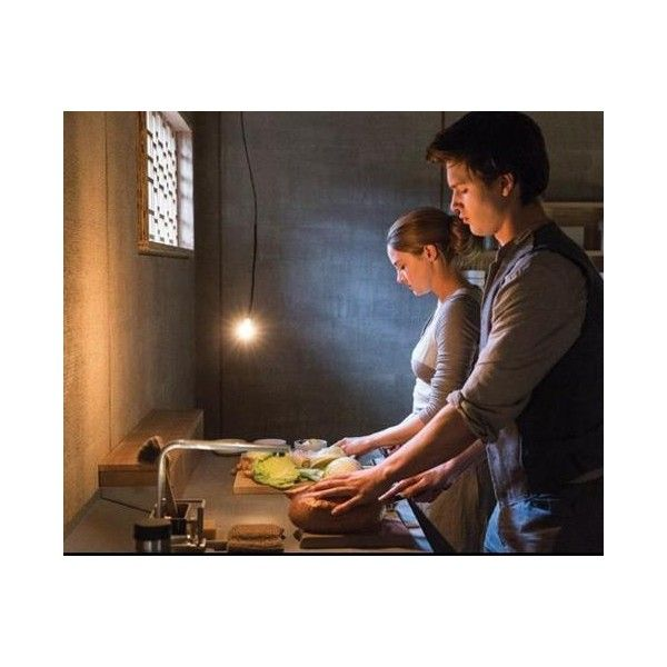Tris and Caleb in Abnegation Divergent Is better then Dauntless Cake ❤ liked on Polyvore featuring divergent and pictures
