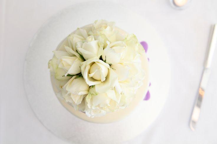 [ wedding photographer Sydney ] wedding cake  l  Jonah's Restaurant Sydney