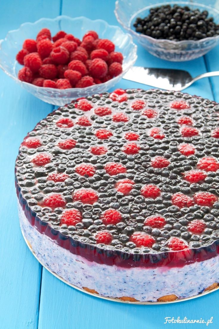 No-bake Blueberry & Raspberry Cheesecake with Jelly.
