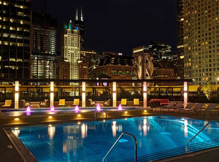AMLI River North Apartments In Downtown Chicago