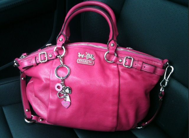 Cute pink coach purse!