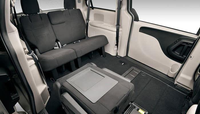 Dodge Caravan Interior In 2020 Grand Caravan 2015 Dodge Grand Caravan Caravan Interior