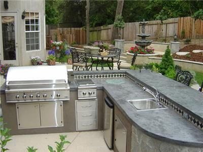 Outdoor Kitchen | Aphrodite Granite & Marble