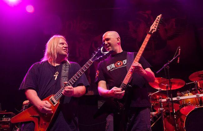 Nile записывают гитары для следующего альбома