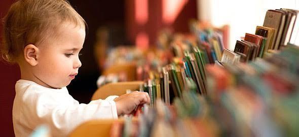 Όσα βιβλία κι αν εκδοθούν, ό,τι κι αν διαβάσουμε, αυτά τα παιδικά βιβλία θα έχουν πάντα μια θέση στη βιβλιοθήκη των παιδιών μας!