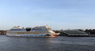 Kreuzfahrt News & Blog - AIDA, TUI, MSC, COSTA: AIDAsol eröffnet Kreuzfahrtsaison 2014 in Hamburg