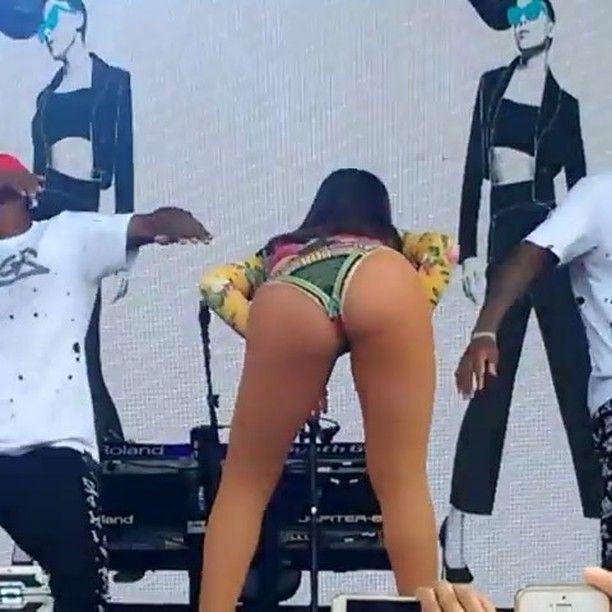 Segura esse tiro  #Anitta #Funk