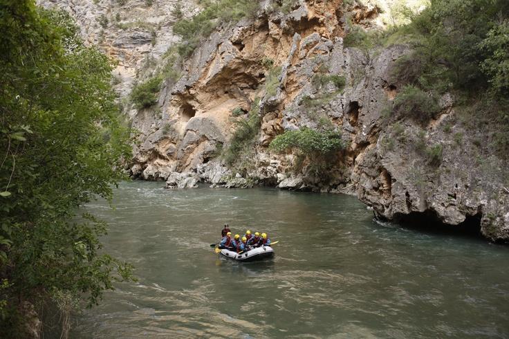 Rafting en Aigües Braves...l'esport d'aventura rei al Pallars Sobirà!