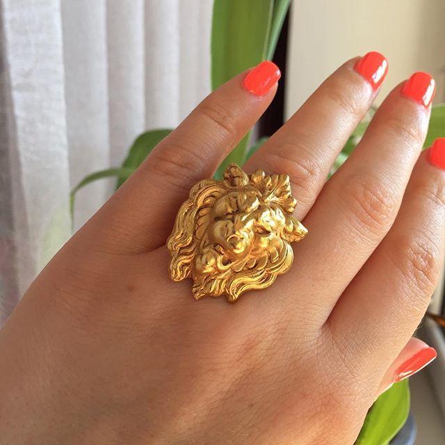 #askewlondon #кольцо#лев#англия🇬🇧 #ручнаяработа #дизайнерскиеукрашения #коллекционныеукрашения #винтажныеукрашения #редкость #маркировано #латунь #покрытие 24 К золото#вналичиивмоскве