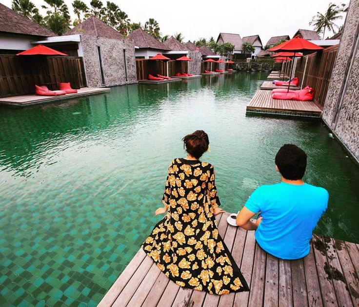 Here's the list of water villas in Bali are actually more magnificent than your regular over-water bungalows.