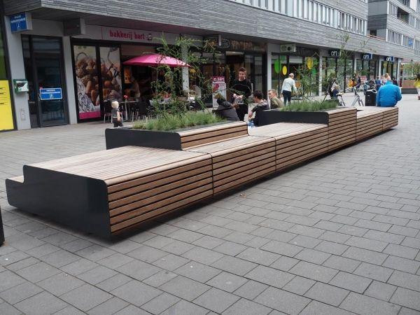 FalcoLinea boombakken en XXL banken voor centrum Stadshagen, Zwolle | Falco BV