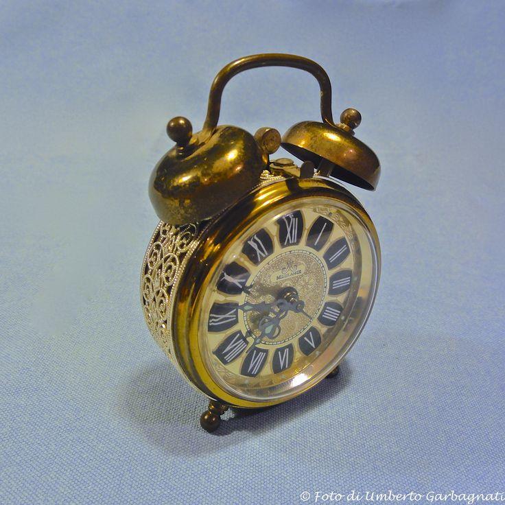 """.. orologio meccanico da tavolo  con allarme """"MEISTER ANKER """" (D) - anno '80 - © Umberto Garbagnati -"""