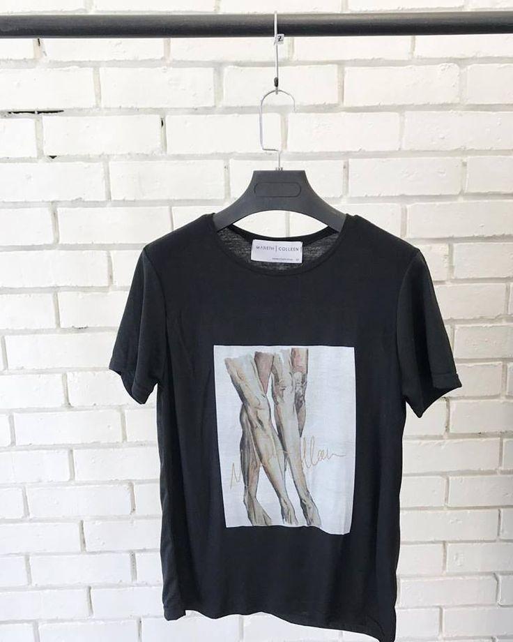 👯♂️T-Shirt with legs👯 #studioshots