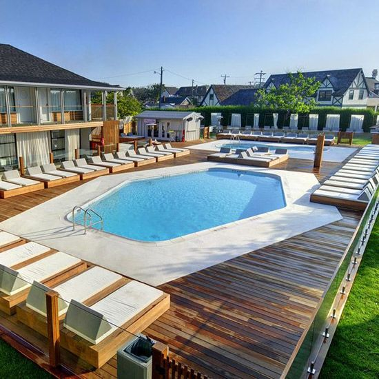 #Montauk Beach House hosts all kinds of happenings—including poolside DJ-spun parties, fashion shows and art exhibitions.