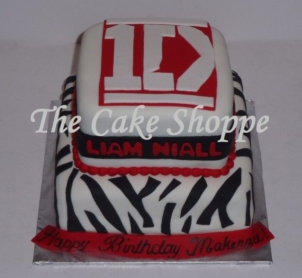 One Direction Birthday Cake - a lot of ideas. Links to toppers.