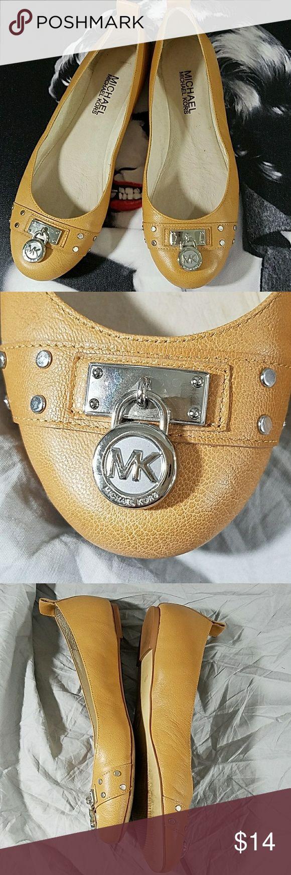 MICHAEL Michael Kors flats Good condition  Sz 6.5M MICHAEL Michael Kors Shoes Slippers