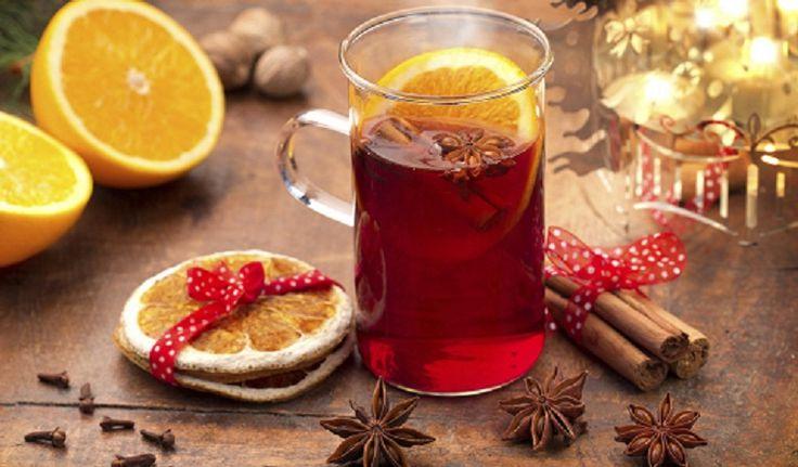 Ki tudna ellenállni a téli forralt bor illatának? A karácsonyi időszak elképzelhetetlen finom forró alkoholos és nem alkoholositalok nélkül. Itt van egy felnőtteknek, és egy gyerekeknek.  FORRALT BOR Hozzávalók 4 személyre 750 ml száraz vörösbör, 70 g kristálycukor, 2 db…