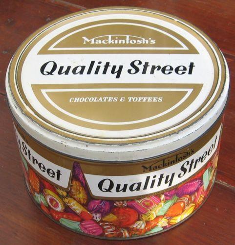 Large vintage 1970's Quality street tin - 10p return on the base
