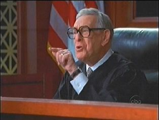 Judge Robert Sanders (Shelley Berman). Boston Legal (2004-2008)