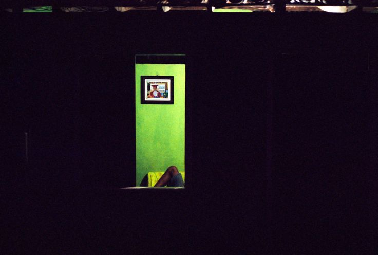 NIEUW WERK: Rear Window   Jur Oster