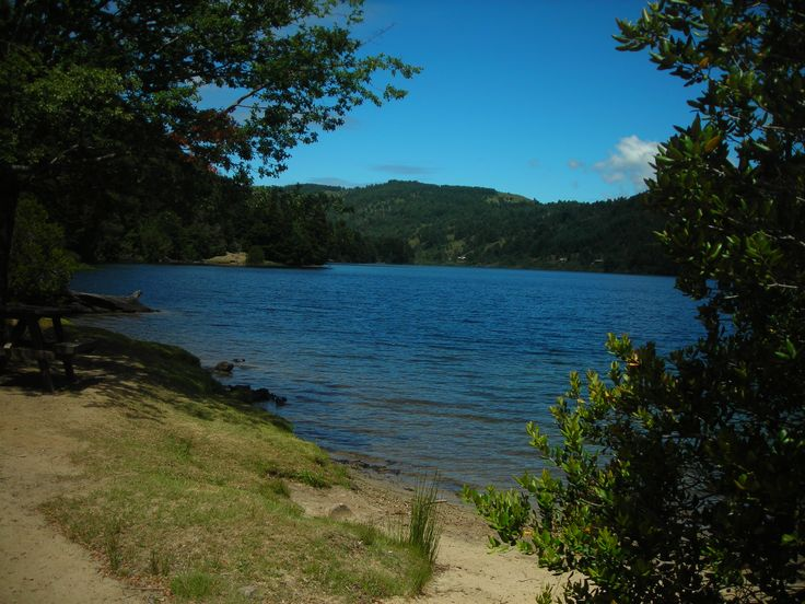 Lago Tinquilco- Parque Nacional Huerquehue- Región de la araucanía- Chile