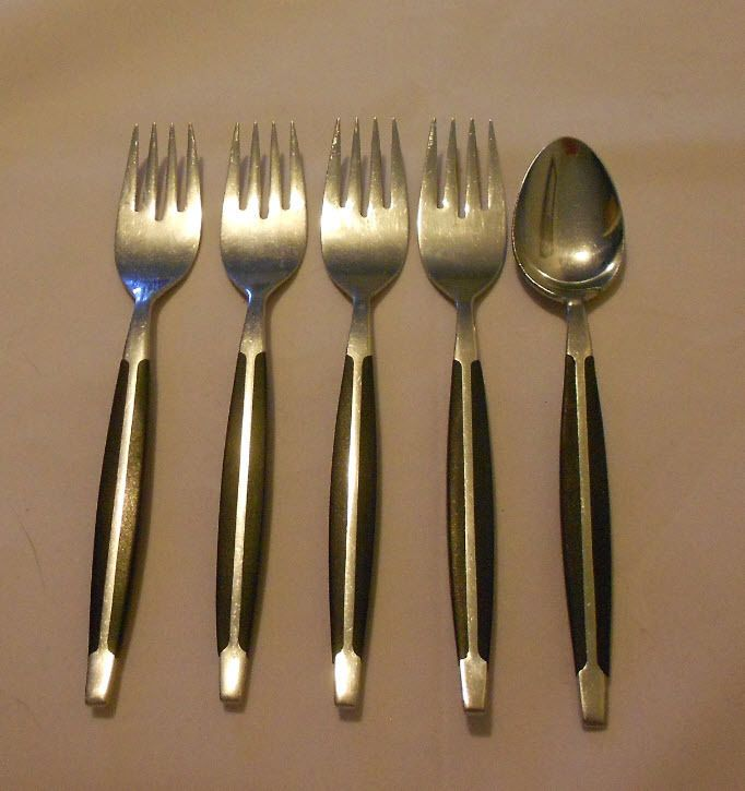 17 best images about aunt win on pinterest my mom claire mccardell and royal albert - Danish modern flatware ...