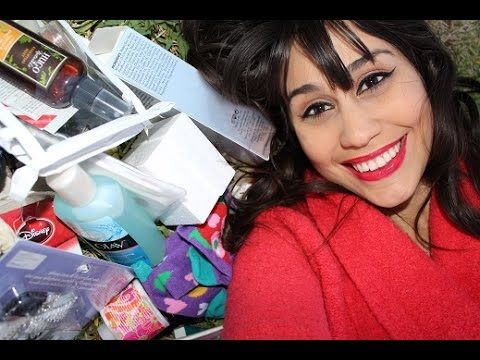 ♥ HUGE HOLIDAY GIVEAWAY!! ♥ Makeup, Skincare + More!