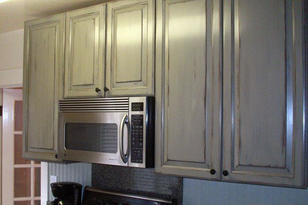 9 best images about cabinets on pinterest persian milk paint and two tone kitchen cabinets. Black Bedroom Furniture Sets. Home Design Ideas