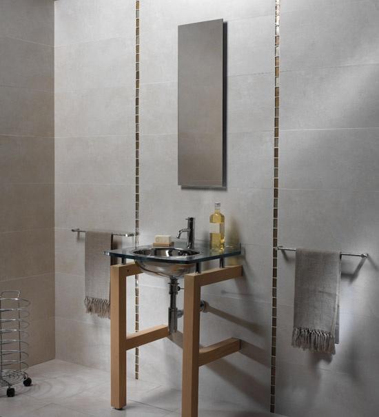 vertical accent tiling
