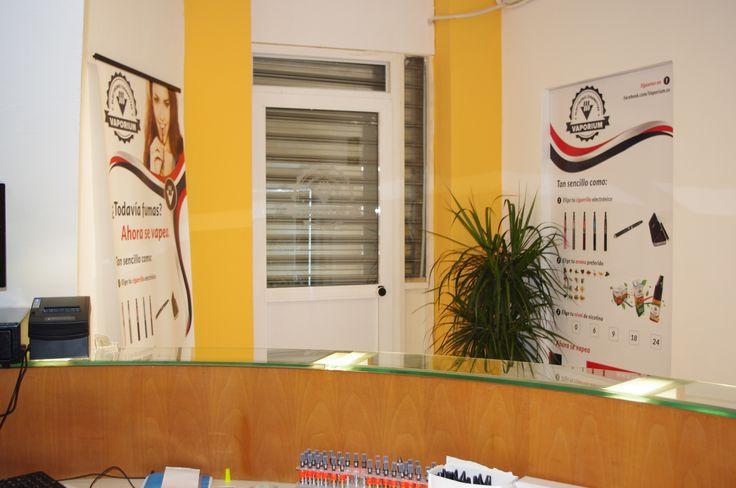 Información Cigarrillos Electrónicos en Valencia Descripción Cigarrillos electrónicos Valencia - Vaporium Tienda en Nazaret calle Mayor 96 Valencia Cigarrillos electrónicos,materiales de repuestos, accesorios y todo relacionado con el mundo de Vapeo. Mas informacion y contacto Email: tienda@vaporium.es Tel: 678 907 057 Visítenos en https://www.vaporium.es/